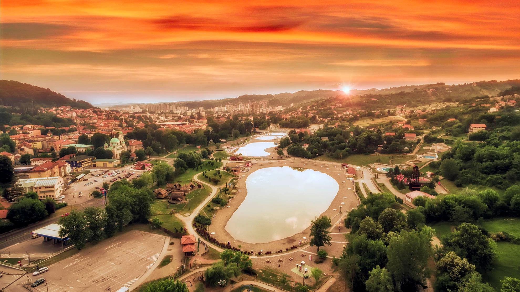 Kompleks Panonskih jezera i turistička ponuda Tuzle